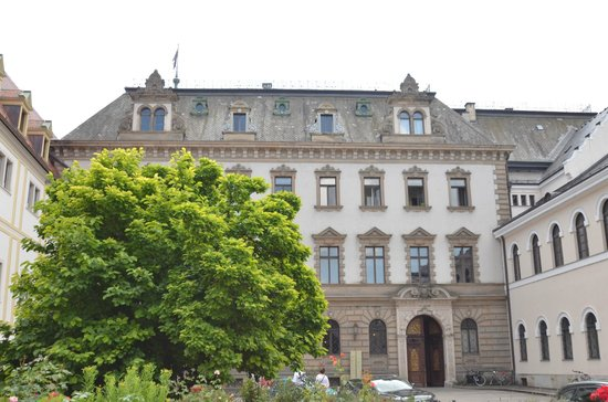 Thurn und Taxis Palace: The castle from the outside (you can not take pictures inside)