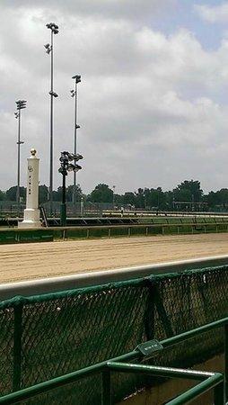 Kentucky Derby Museum: Finish Line