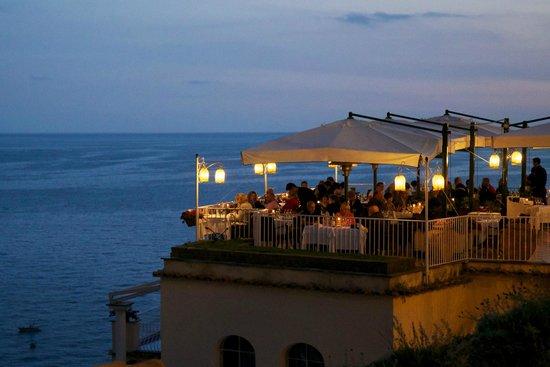 Il Capitano - great restaurant in a perfect location.