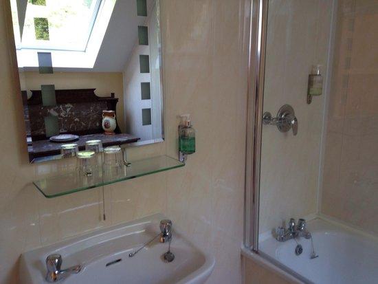 Gleann Fia Country House: Bathroom
