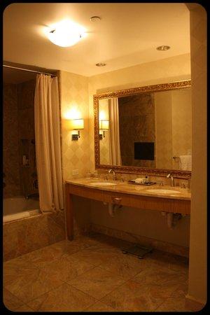 Trump International Hotel Las Vegas: Baño