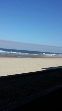 Surftides Lincoln City : View from the room!