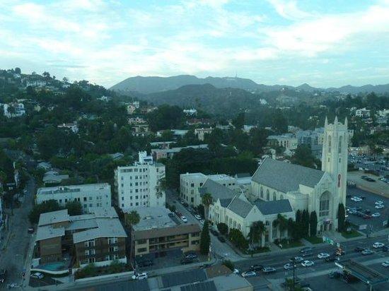 Loews Hollywood Hotel : Vue de la chambre (18e étage)