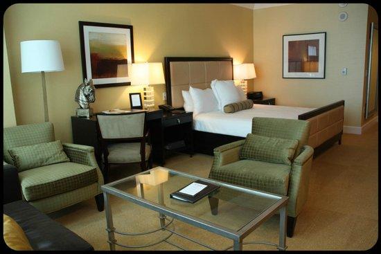 Trump International Hotel Las Vegas: Salón Habitación