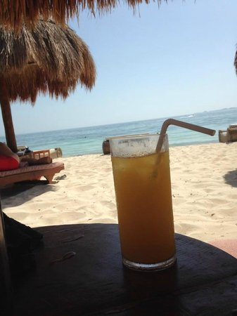 Excellence Playa Mujeres: Fancy drinks. Mango mimosa