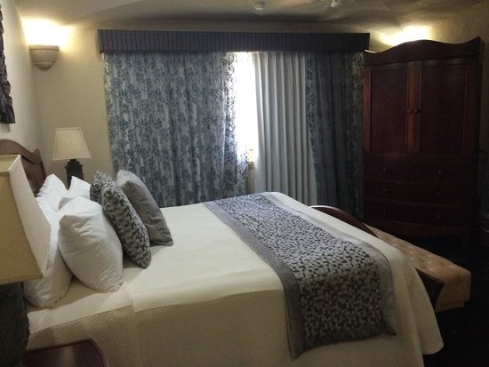 Torres Mazatlan Resort: bedroom