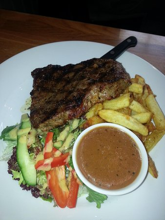 Firehouse Bar and Grill : Yummy steak