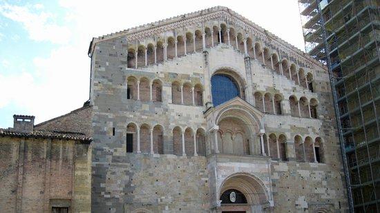 Cattedrale di Parma: Exterior
