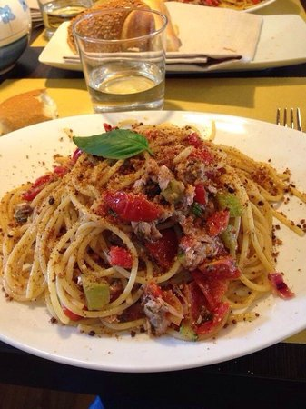 Il Molo: Deliciosa pasta con toque siciliano en Vicenza