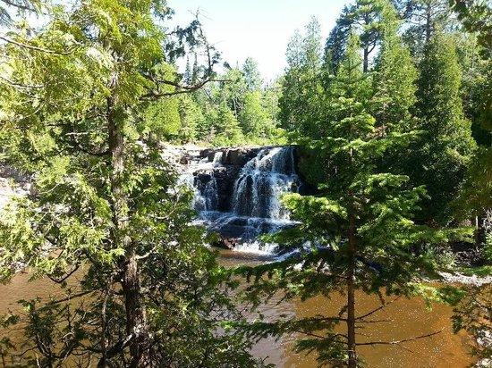 Gooseberry Falls State Park: Upper Falls
