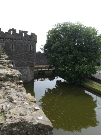 Beaumaris Castle: Looking down on the moat