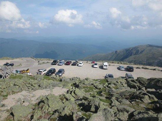 Mount Washington Auto Road: Summit Parking