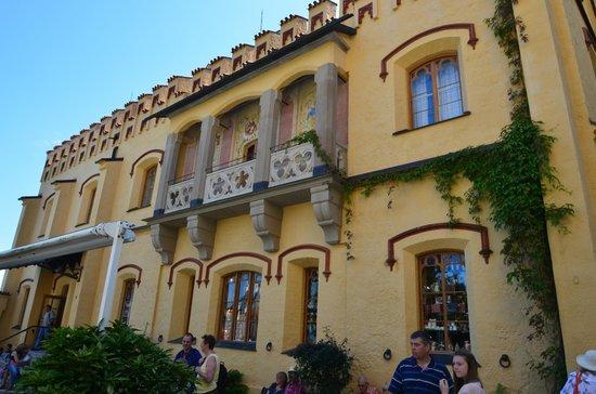 Schloss Hohenschwangau: The outside