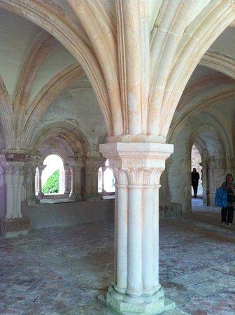 Abbaye de Fontenay : Salle du Chapître