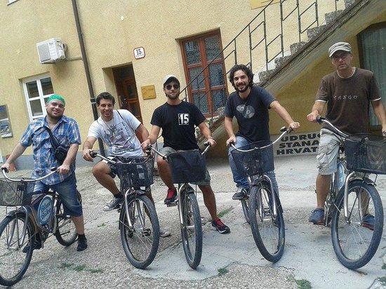 Blue Bike Zagreb Cycling Tours: Italian Bike Gang with Bruno!