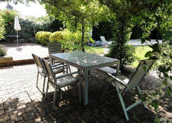 La Closerie de l'Epan : Petit déjeuner en terrasse