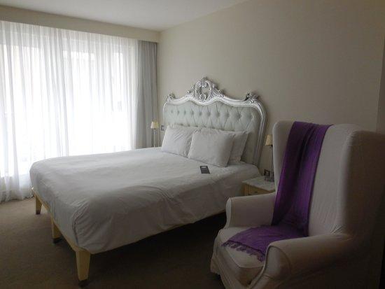 The Morgan: Room