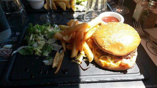 Hamburger bbq photo de au bureau la garde tripadvisor