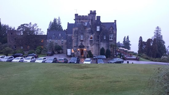 Stonefield Castle Hotel: Front