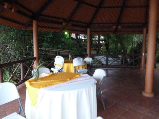 Pachira Lodge: Zona Piscina interior