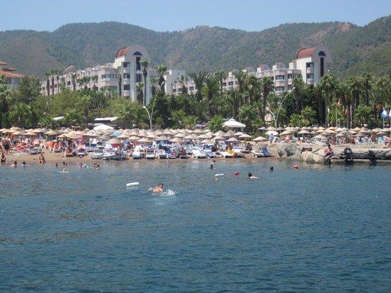 Hotel Aqua: denizden görüntüsü