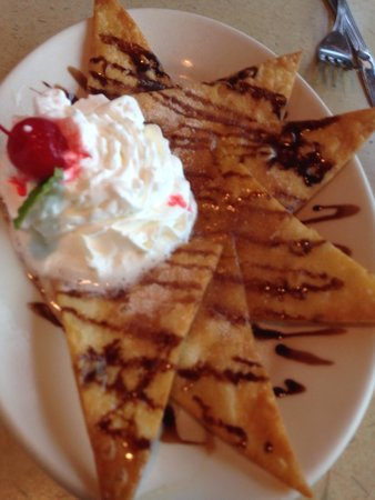 La Parrilla Mexican Restaurant: Free desert from the manager!!! Because it was our first time dinning here!!! Love it!!!