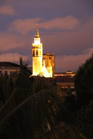 Castelo de Santa Catarina : night view cathedral spire by marques