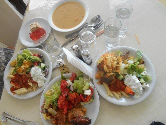 Eliana Hotel: Очень вкусный ужин