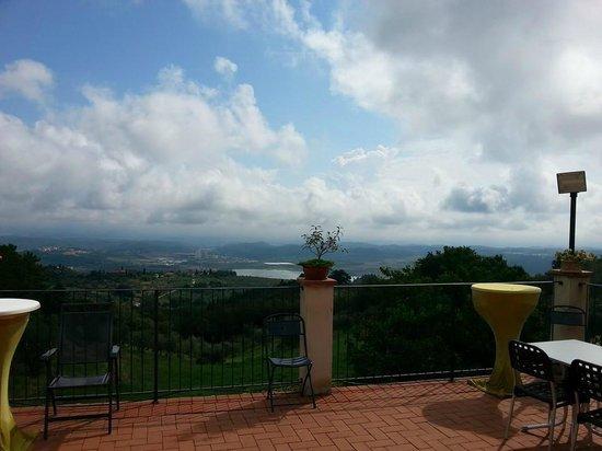 Amoliv SAS: Uitzicht vanop het terras