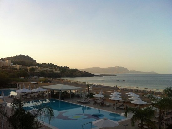 Sensimar Lindos Bay Resort & Spa : Вид с балкона