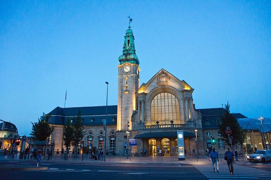Park Inn by Radisson Luxembourg City : Main train station