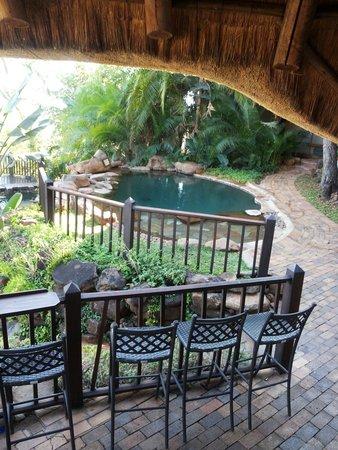 Victoria Falls Safari Lodge: Piscina