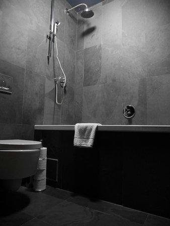 Hotel Noir: Superior Room, Attic