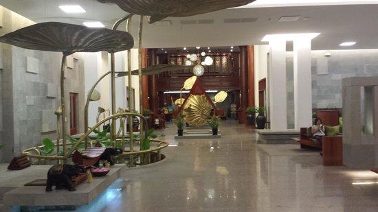 The Privilege Floor by BOREI ANGKOR: Reception area/entrance