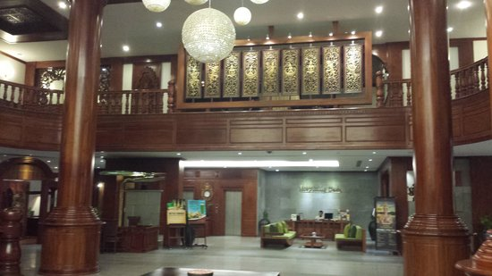 The Privilege Floor by BOREI ANGKOR: Main hotel reception