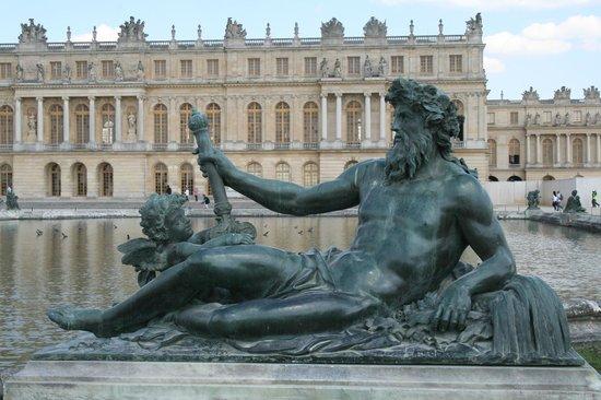 3 days in paris travel guide on tripadvisor for Jardin tuileries