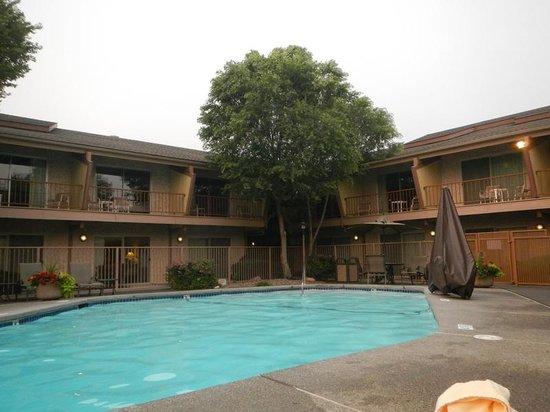 Doubletree Missoula/Edgewater: Pool area
