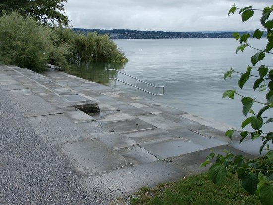 Horn Richterswil: Lake swim access