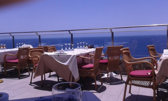 Gloria Palace Amadores Thalasso & Hotel : comedor al aire libre