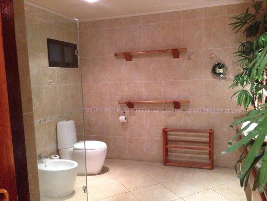 Coco de Mer - Black Parrot Suites : Bathroom juniorsuite