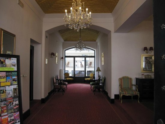 Angelis : Atrio dell'hotel