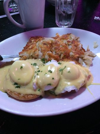 Peppermill's Fireside Lounge: Eggs Benedict.   AMAZING!