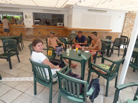 BQ Belvedere Hotel: buvette de la piscine
