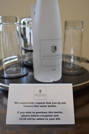 Macdonald Houstoun House: Thirsty...?  Be careful.