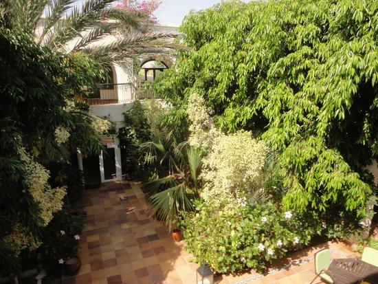 Hotel Dar El Bhar: Patio