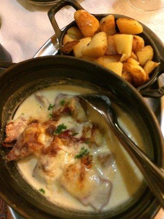 Gurtlerhoft: Dish with Münster cheese