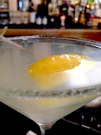 Octagon : Lemon Drop Martini
