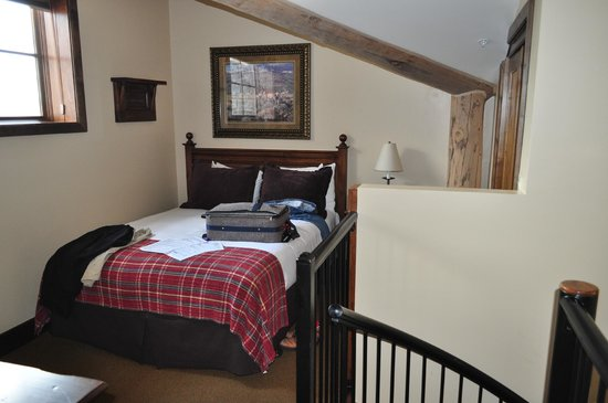 Teton Mountain Lodge & Spa - A Noble House Resort: Loft Bed