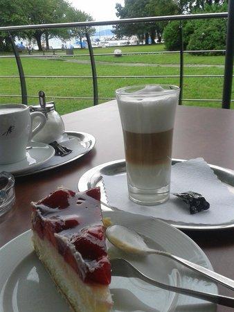 Hotel Lipprandt: Kaffee auf der Terrasse