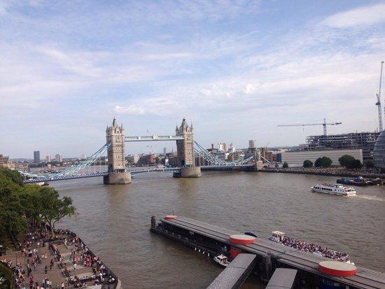 Cheval Three Quays: Amazing view!